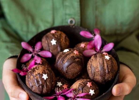 Schokoladen-Protein-Kugeln